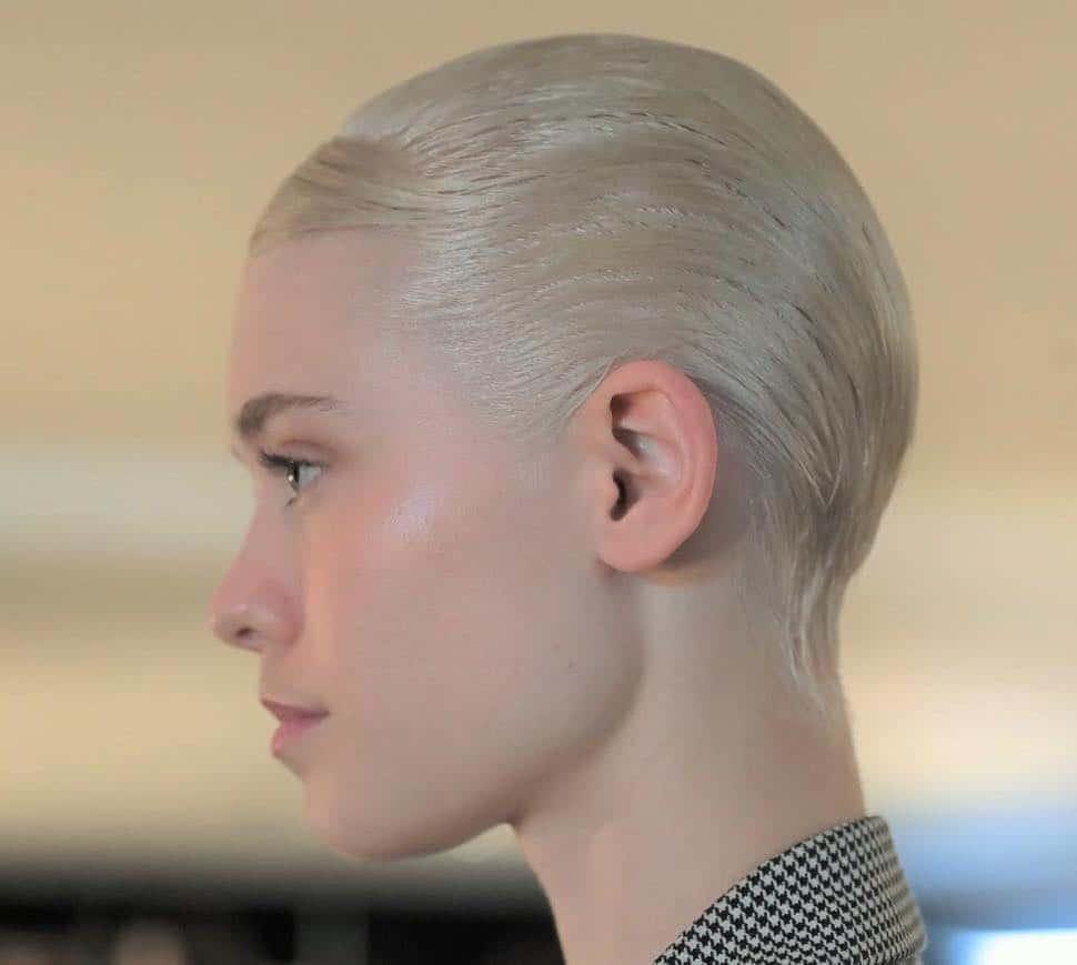 capelli corti effetto bagnato 2019 2020