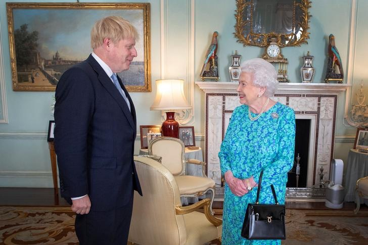 Boris Johnson Elisabetta seconda