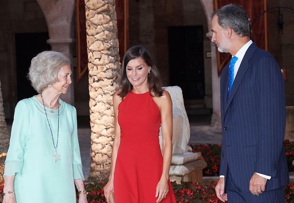 Letizia Ortiz abito rosso maiorca