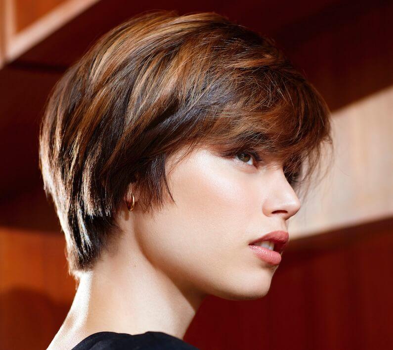 capelli corti 2019 2020-taglio colore