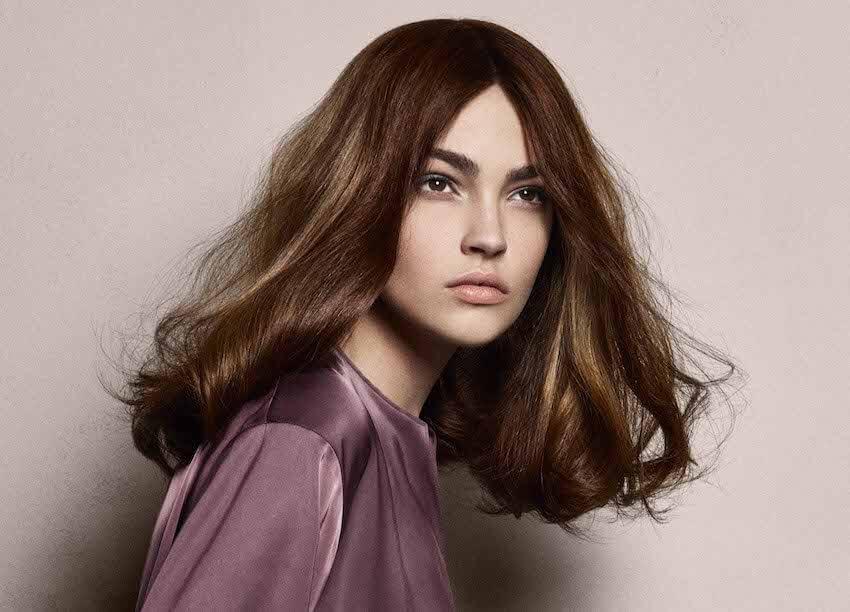 capelli castani colore sfumature inverno 2020-davines