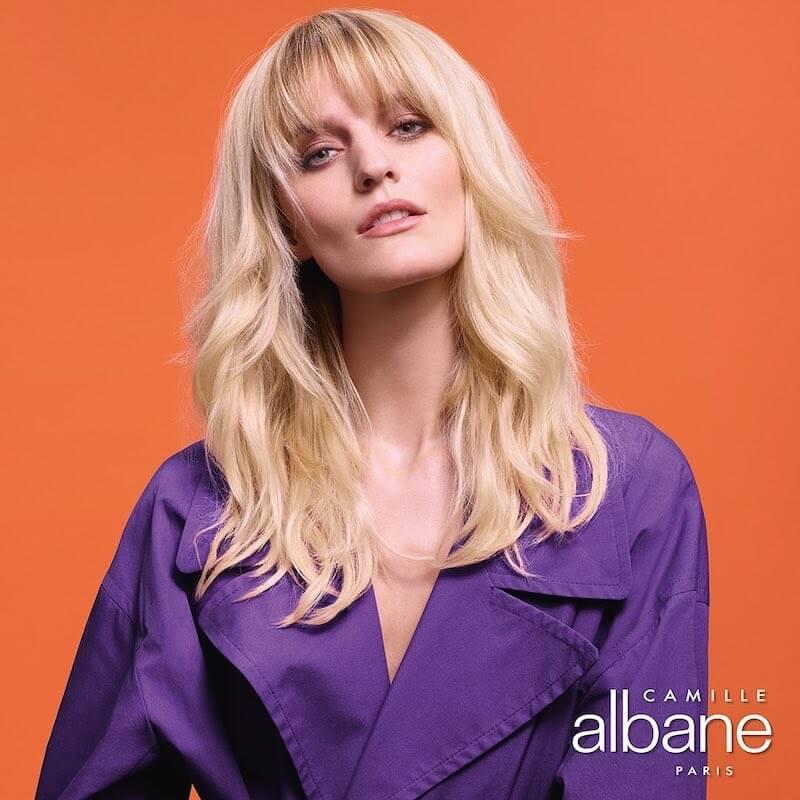 colore capelli biondi lunghi inverno 2029 2020-camille albane