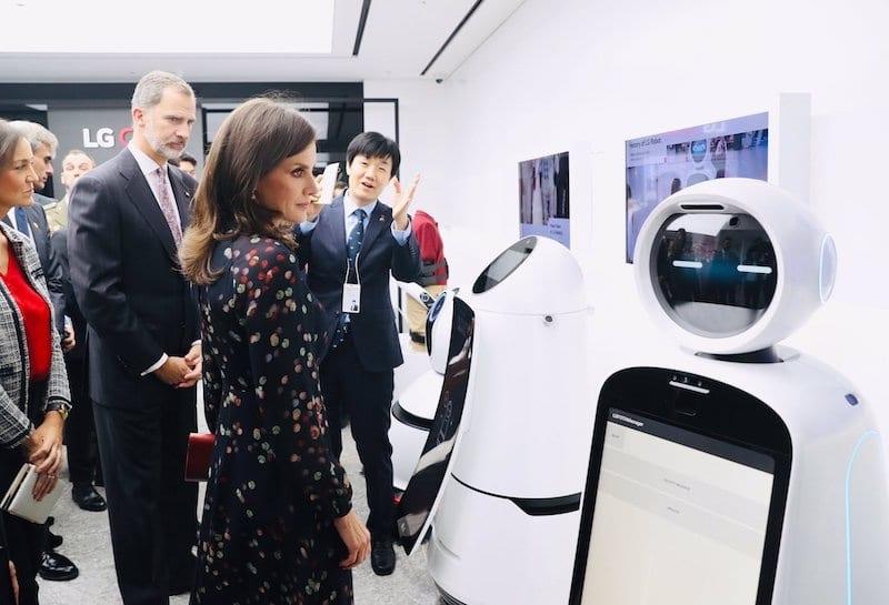 letizia ortiz robot Corea LG