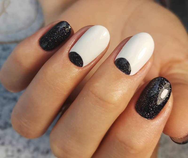 unghie bianche nere nail art inverno 2019 2020
