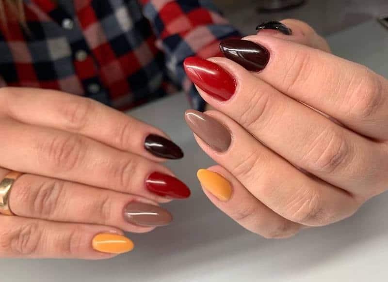 unghie gel multicolore autunno 2019