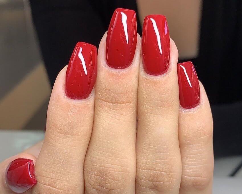 unghie gel rosse forma square