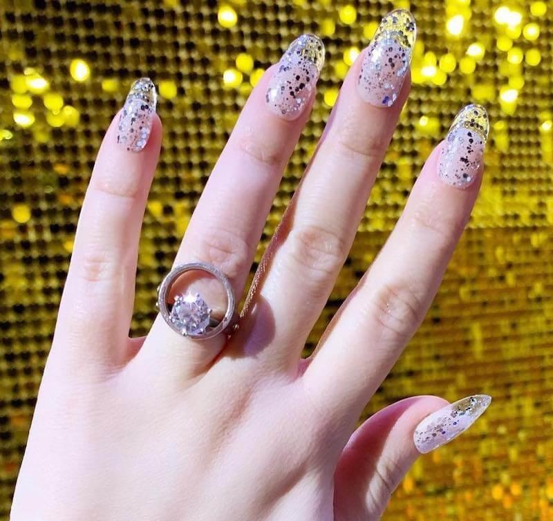 unghie glitter inverno 2019 2020