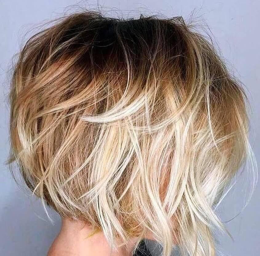 taglio capelli scalati biondi inverno 2020
