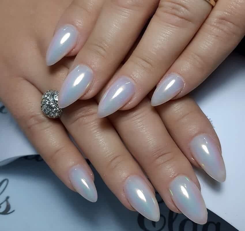 unghie gel invernali 2020 color perla