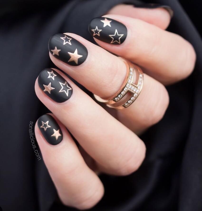 unghie natalizie nere oro inverno 2019 2020