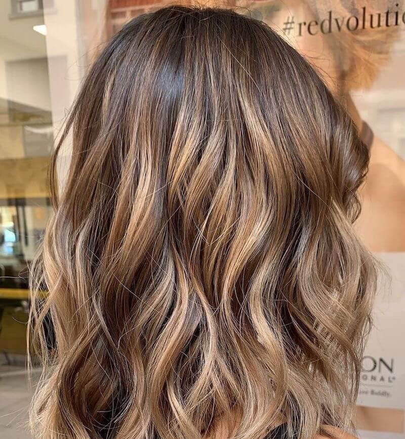 capelli sfumature biondo beige inverno 2019 2020