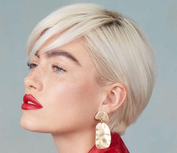 Tagli capelli corti 2020. 5 nuovi tagli scalati lisci e ...