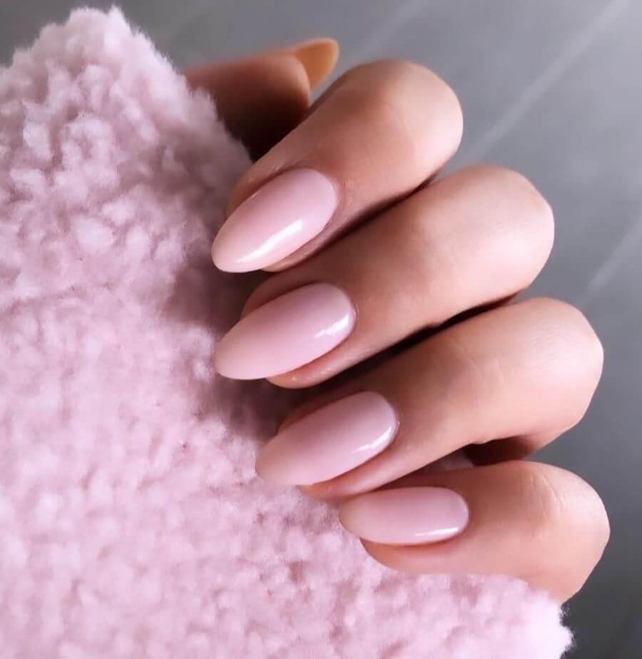 unghie gel rosa confetto 2020