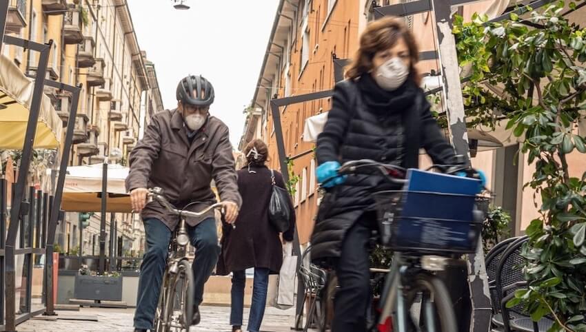 Milano mascherine obbligatorie
