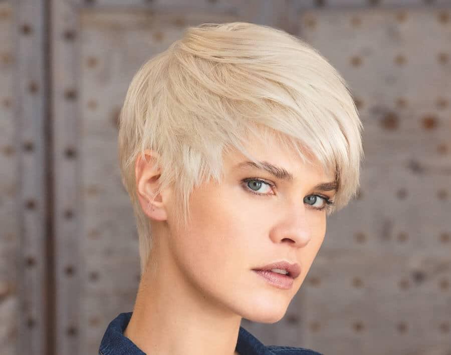 capelli corti pratici