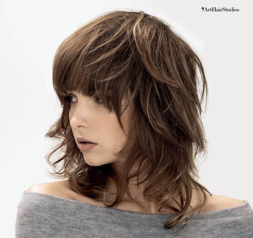 colore capelli castani sfumature primavera estate 2020