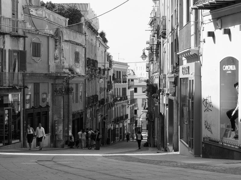 Saldi estivi 2020 Sardegna: inizio e durata. Calendario saldi ...