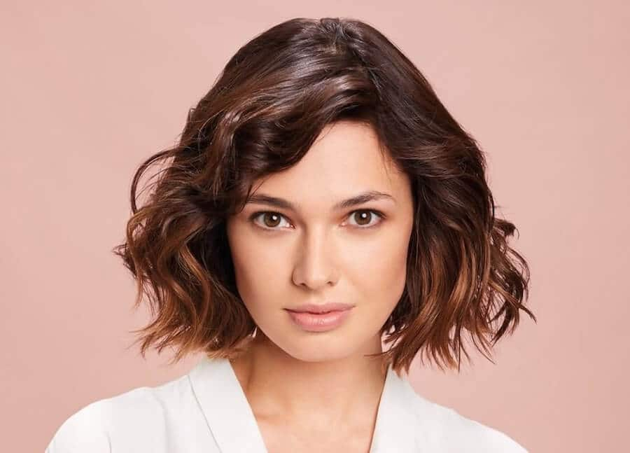 taglio medio capelli colore estate 2020