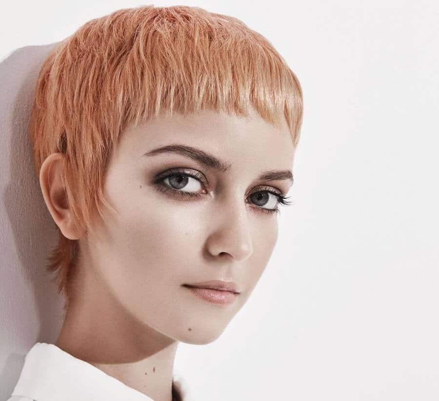 capelli corti donne estate 2020