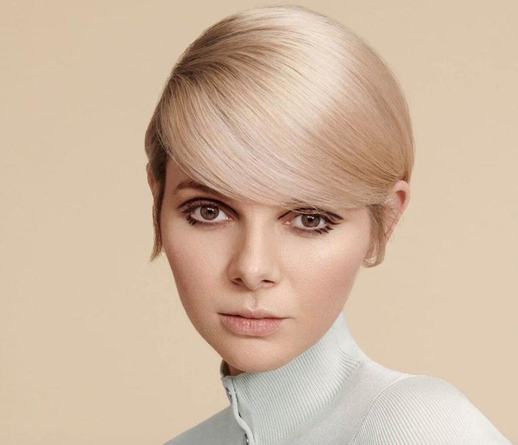 tagli capelli corti biondi estate 2020