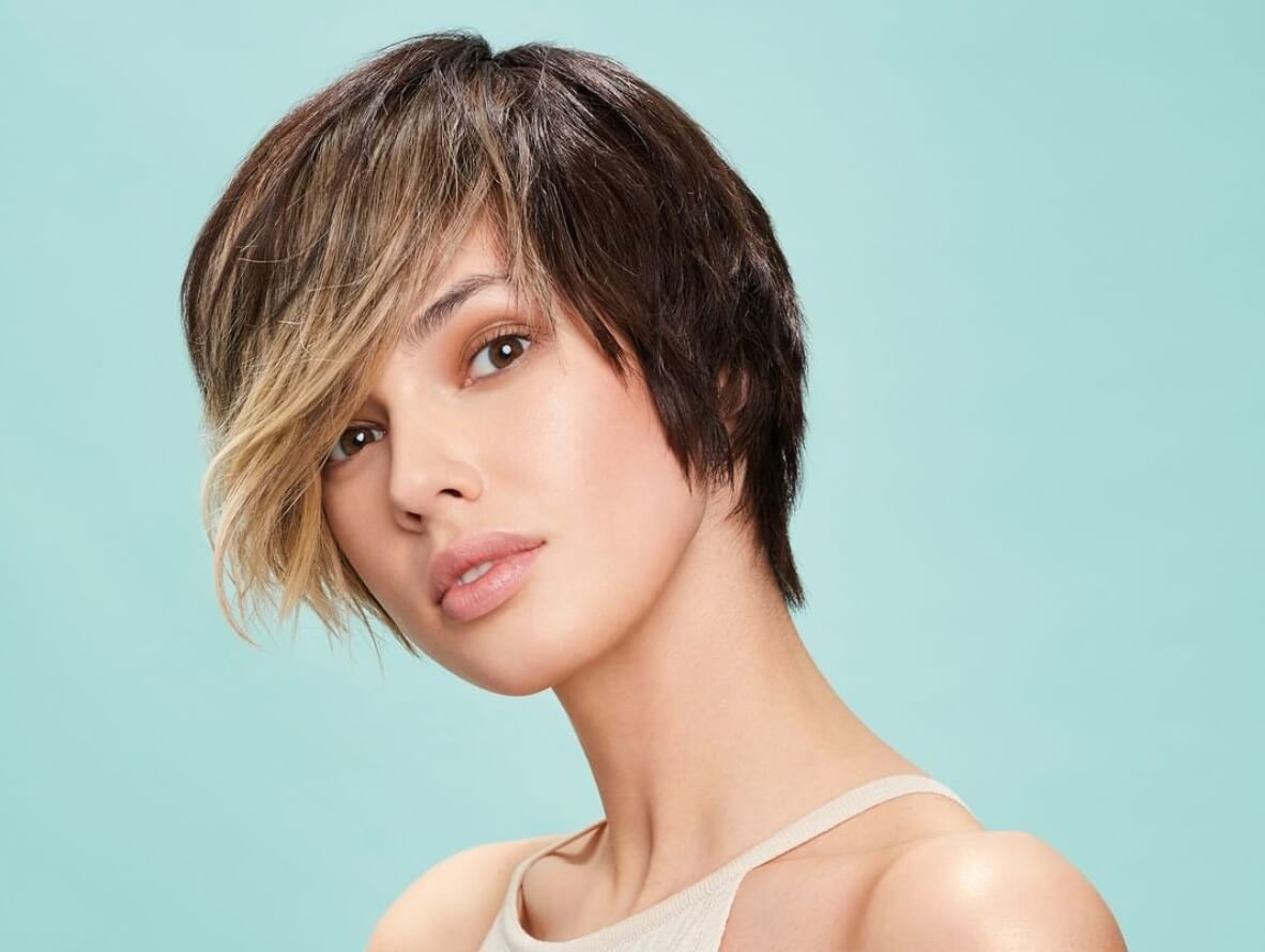 tagli capelli corti scalati estate 2020