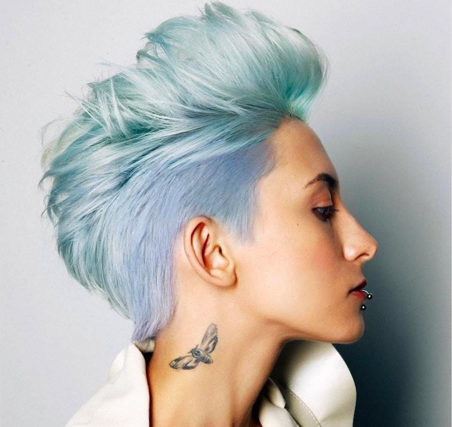 tagli corti capelli colorati estate 2020