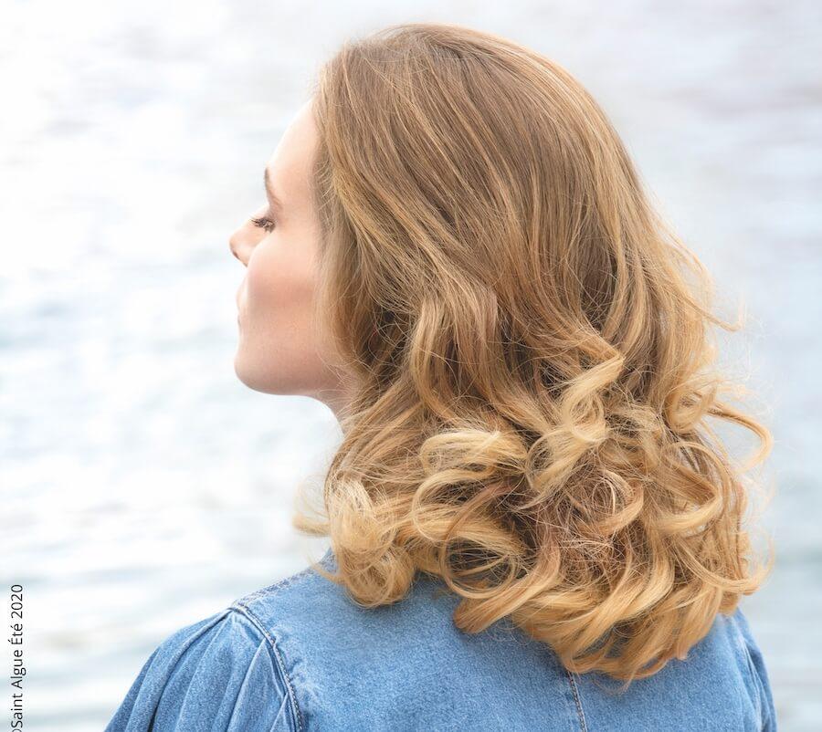 tagli capelli scalati mossi parigino 2020