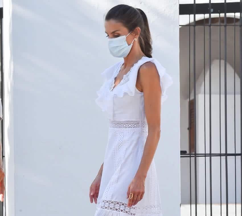 letizia ortiz abito bianco ibiza