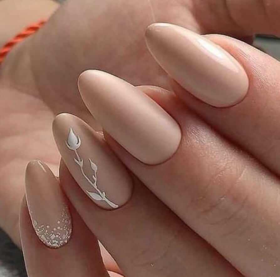 unghie neutre particolari 2020 2021