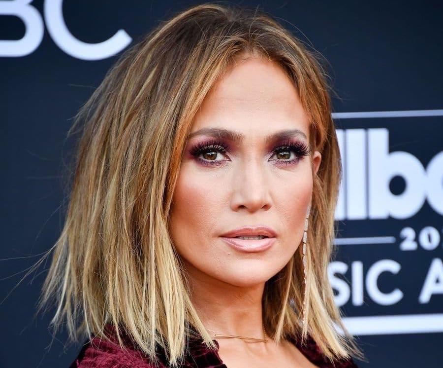 tagli colore capelli 50 anni Jennifer Lopez