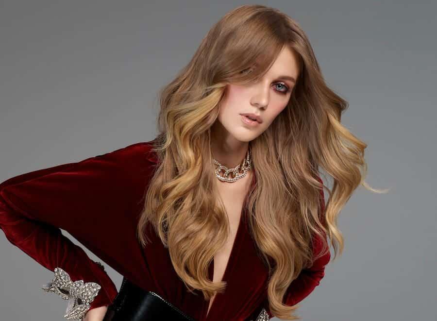 tagli colore capelli lunghi inverno 2020 2021