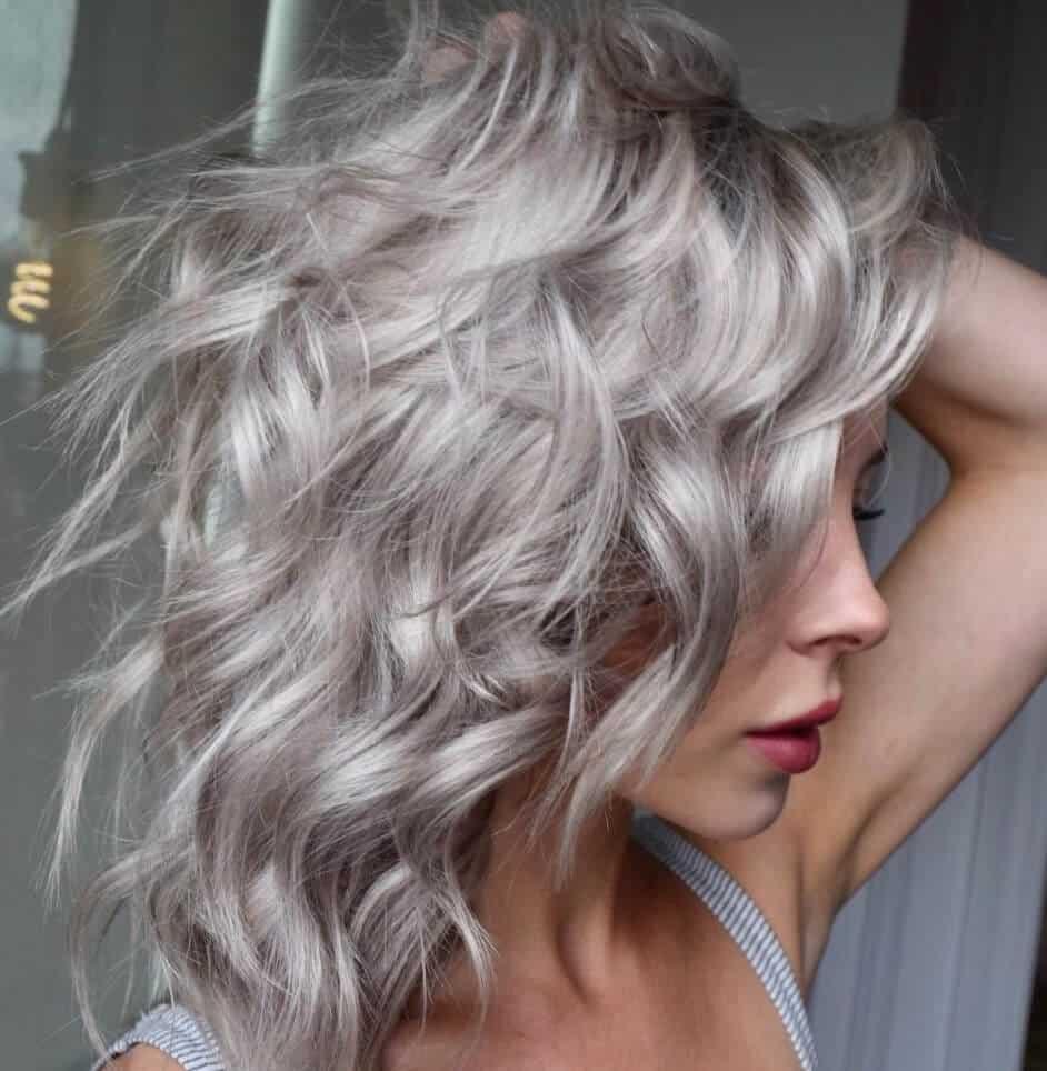 cabelos grisalhos 2021 - tendências