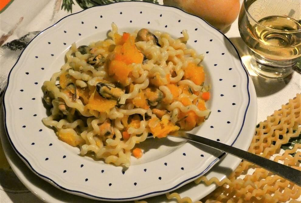 pasta zucca cozze pecorino