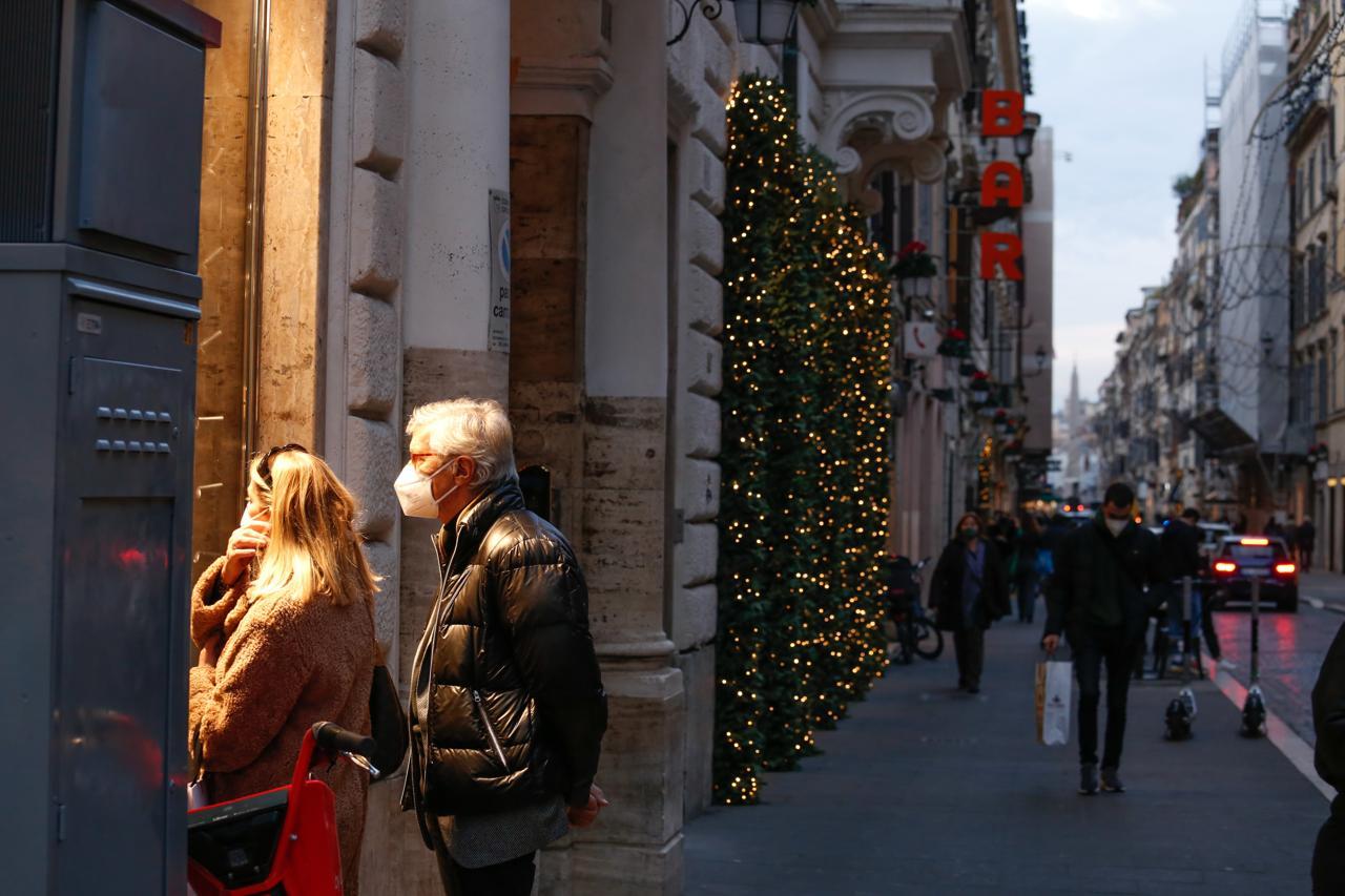 Quando iniziano i saldi invernali a Roma e nel Lazio. Data inizio ...