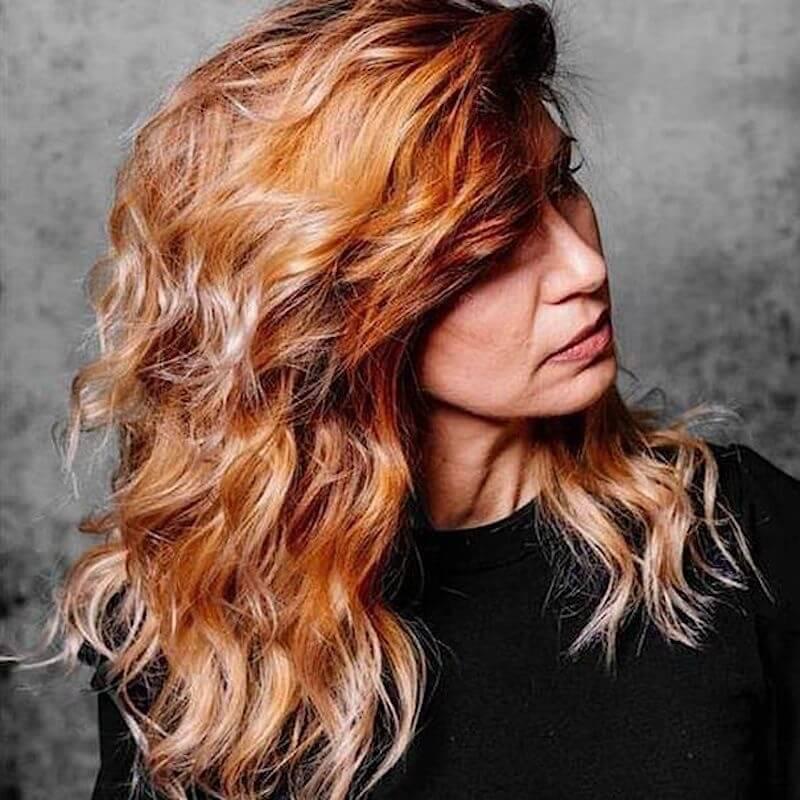 capelli medi 2021 taglio colore