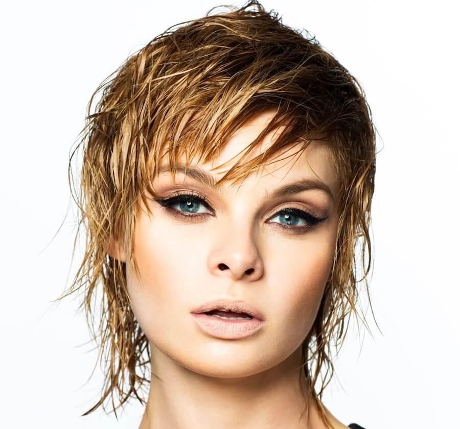 Taglio-capelli-corti-biondi-2021