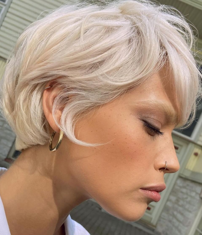 tagli-capelli-corti-biondi-2021